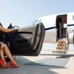 {:ru}Перелет на частном самолете{:}{:ro}Zborul cu un avion privat{:}